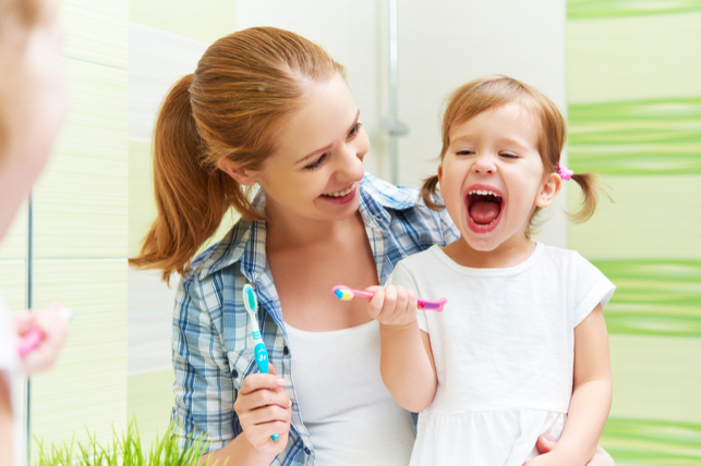 fG53sD7 - Reluctant Brushers? 3 Easy Ways to get Your Kids to Brush Their Teeth