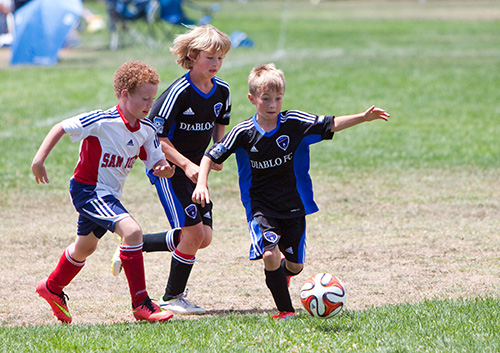 how do i protect childs teeth 42955569 - How can I protect my child's teeth during sports?